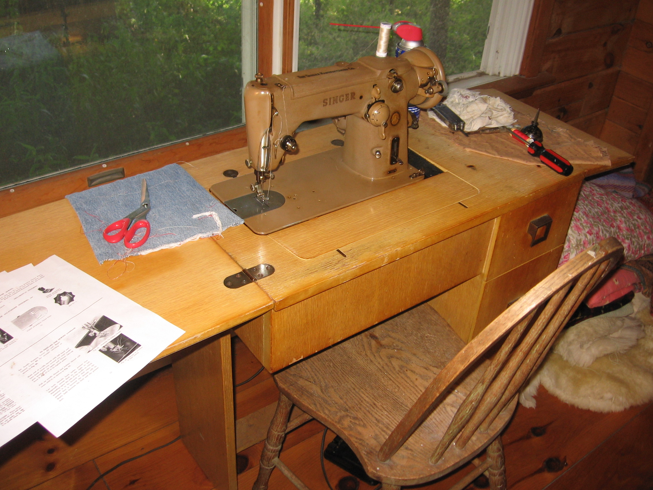 sewing machine | living in the woods and making stuff