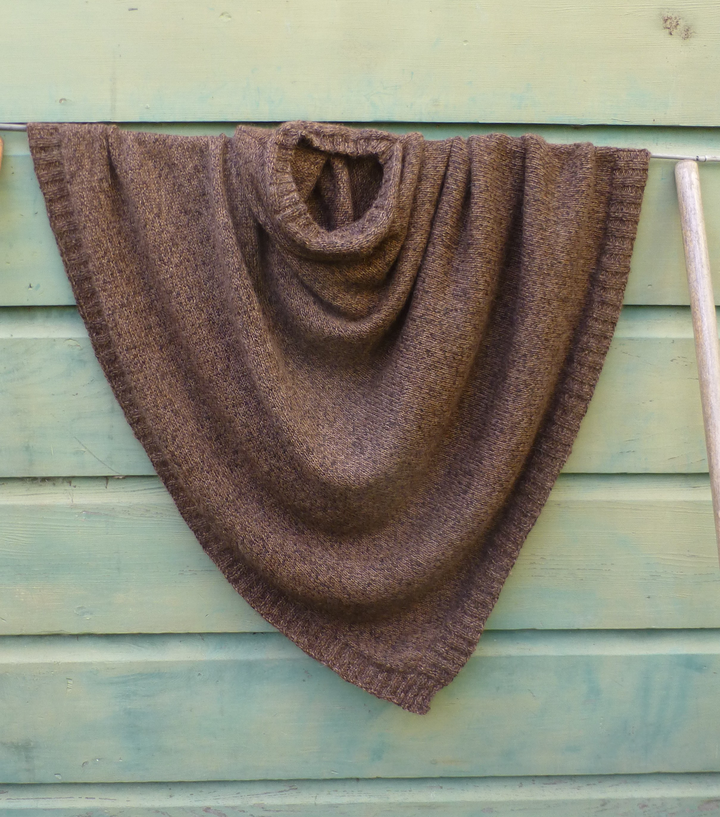 Knitting | living in the woods and making stuff